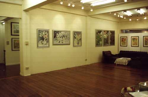 part-of-the-big-room-on-the-2nd-floor-1.jpg